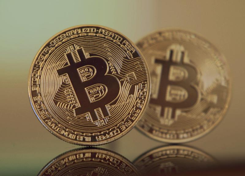 ビットコイン Bakkt 先物取引 投資信託